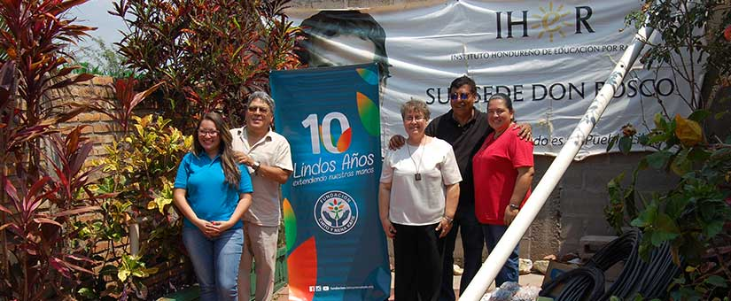 Fundacion Chito y Nena Kafie apoya la educación en Honduras