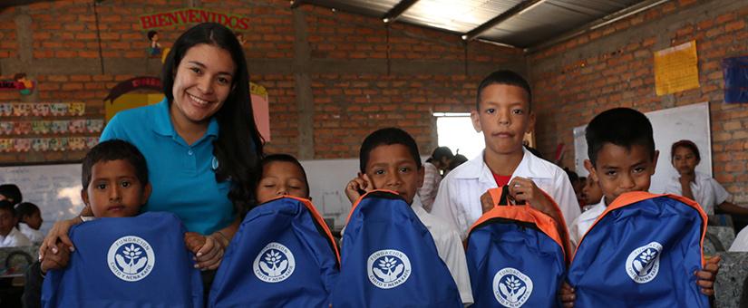 Lanzamos proyecto Mi Mochila ABC para apoyar la educacion